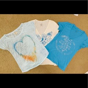 American Eagle bundle T-shirts
